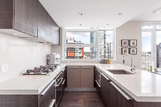 "Main Photo: 2107 1351 CONTINENTAL Street in Vancouver: Downtown VW Condo for sale in ""MADDOX"" (Vancouver West)  : MLS(r) # V1135882"
