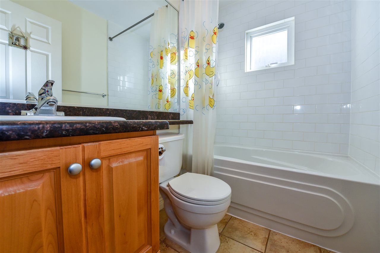 Photo 10: 1928 ADANAC Street in Vancouver: Hastings House 1/2 Duplex for sale (Vancouver East)  : MLS® # R2014604
