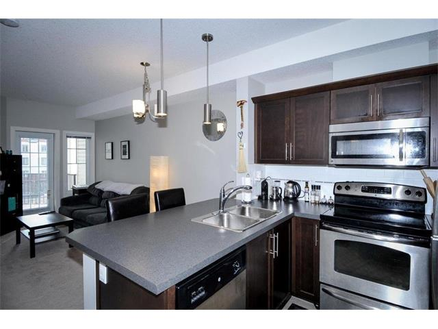 Photo 2: 327 20 ROYAL OAK Plaza NW in Calgary: Royal Oak Condo for sale : MLS® # C4049915