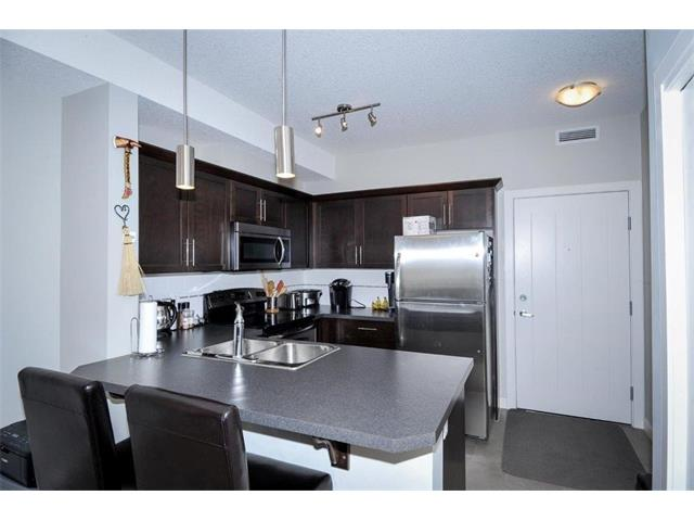 Photo 3: 327 20 ROYAL OAK Plaza NW in Calgary: Royal Oak Condo for sale : MLS® # C4049915
