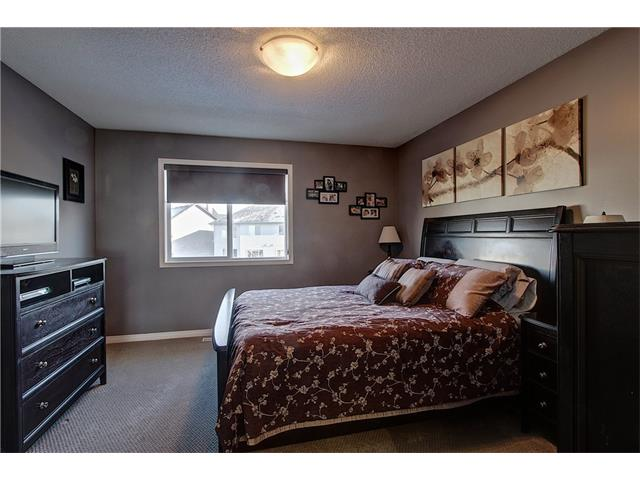 Photo 10: 637 COUGAR RIDGE Drive SW in Calgary: Cougar Ridge House for sale : MLS(r) # C4051719