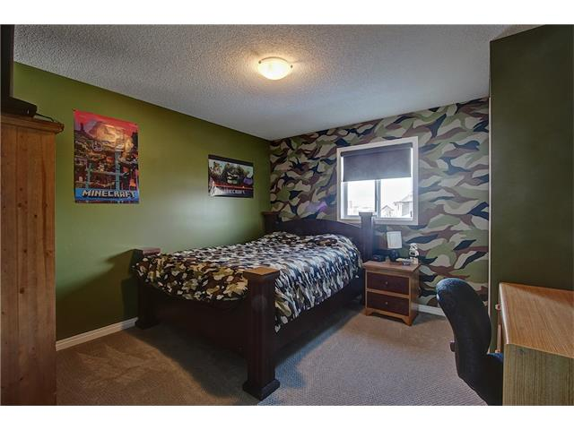 Photo 14: 637 COUGAR RIDGE Drive SW in Calgary: Cougar Ridge House for sale : MLS(r) # C4051719