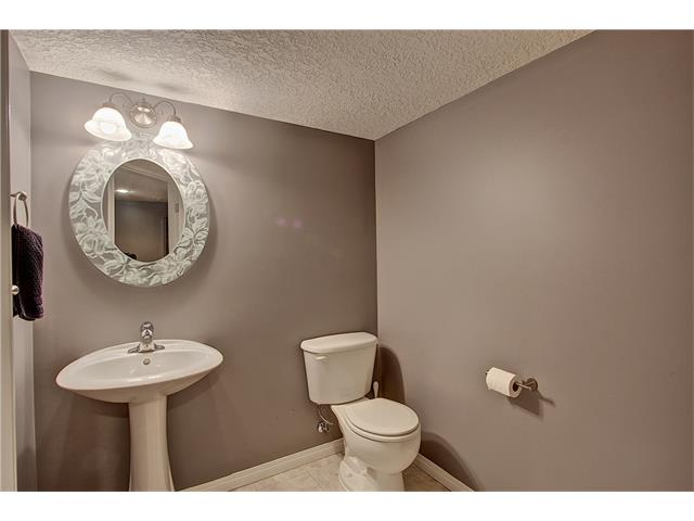 Photo 19: 637 COUGAR RIDGE Drive SW in Calgary: Cougar Ridge House for sale : MLS(r) # C4051719