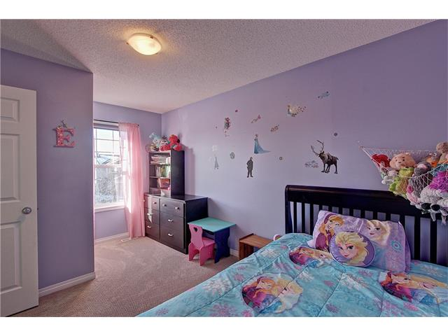 Photo 13: 637 COUGAR RIDGE Drive SW in Calgary: Cougar Ridge House for sale : MLS(r) # C4051719