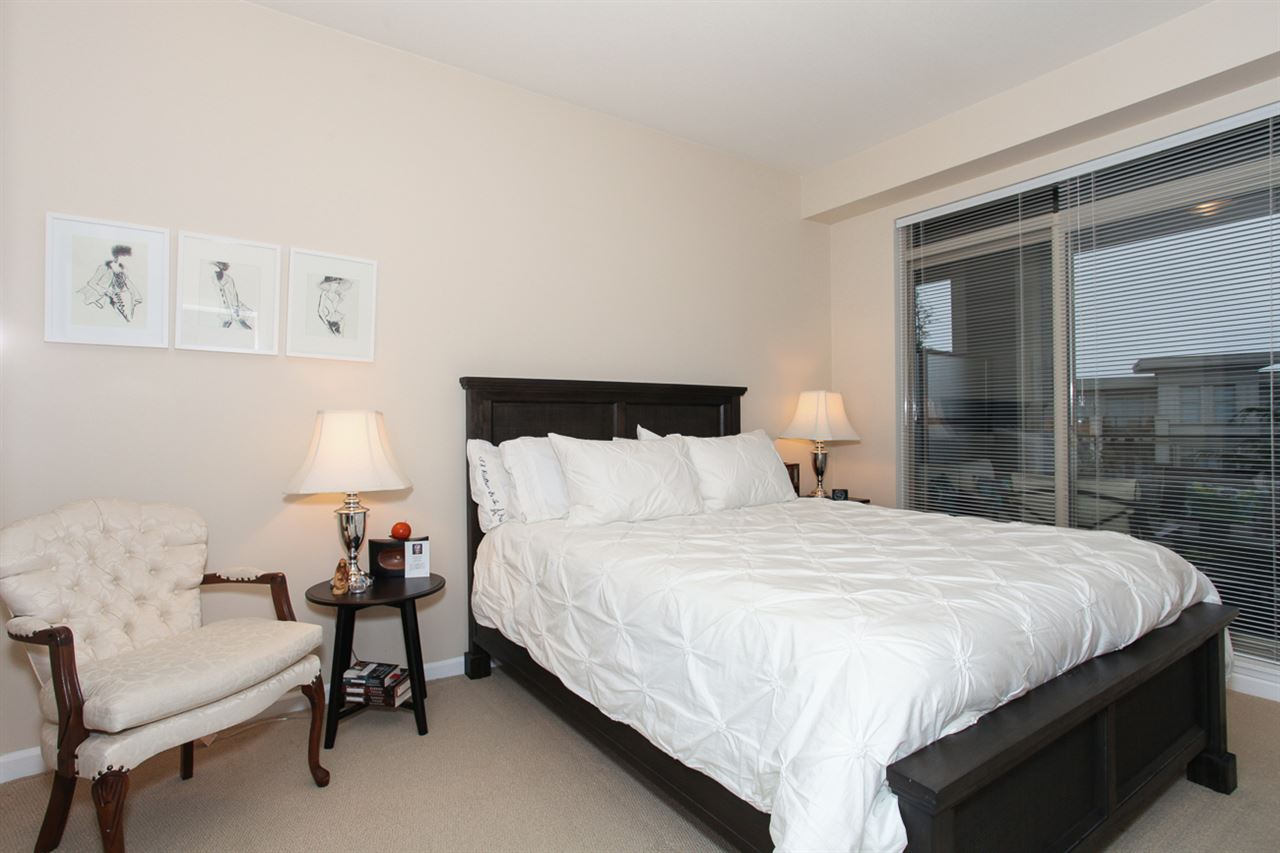 Photo 12: 204 275 ROSS Drive in New Westminster: Fraserview NW Condo for sale : MLS® # R2109644