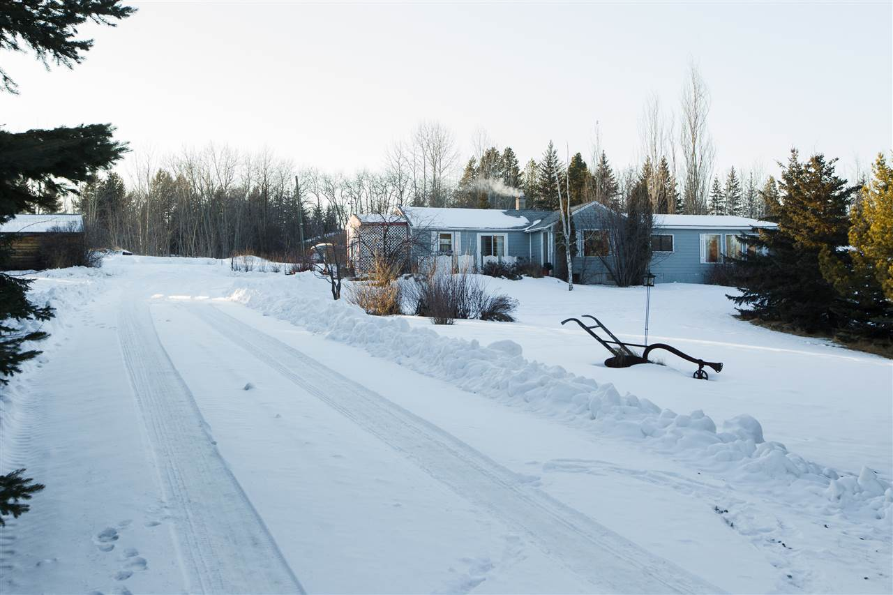 Main Photo: 53102 RGE RD 13 Road: Rural Parkland County House for sale : MLS(r) # E4052979