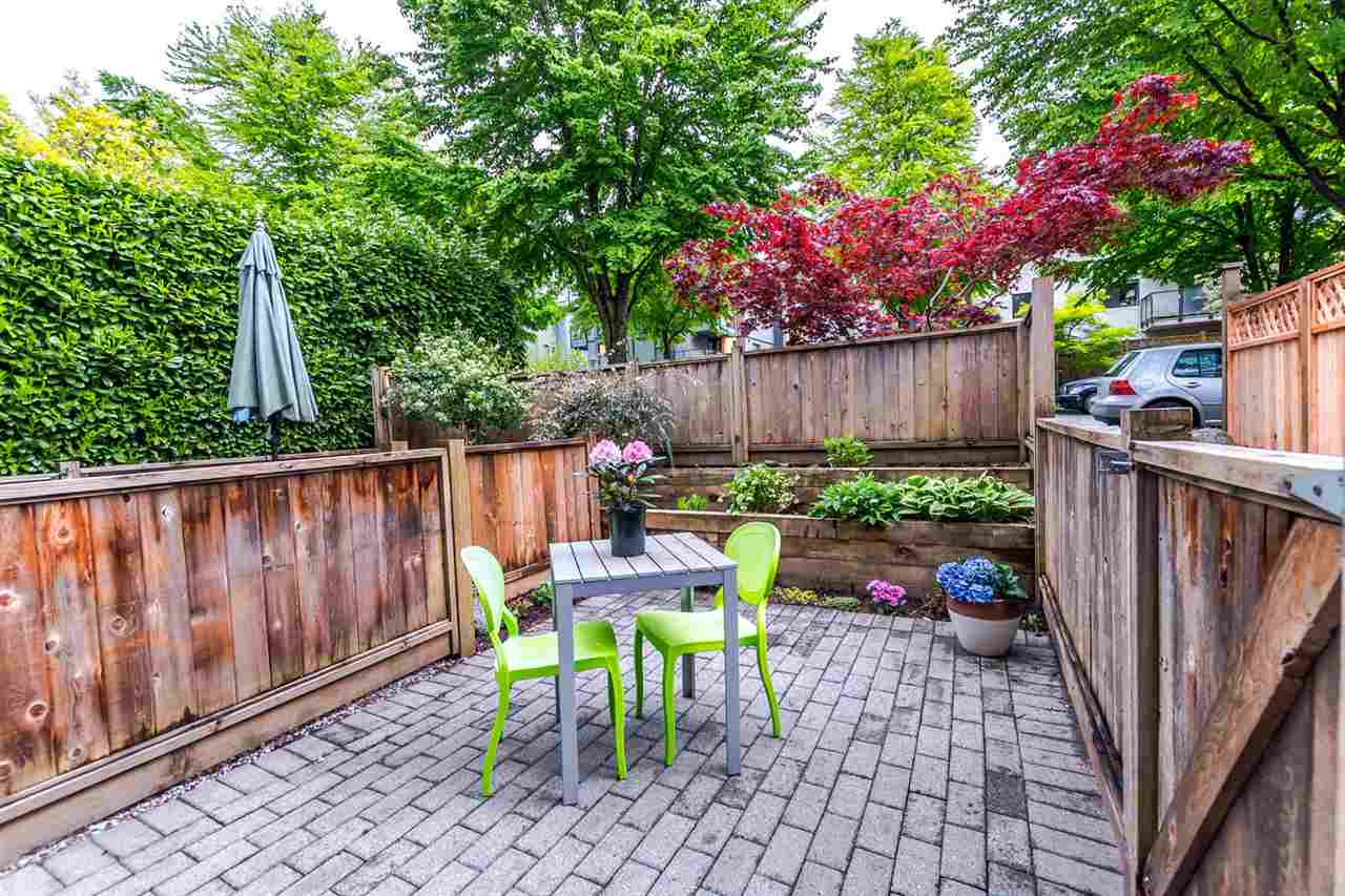Photo 18: 549 E 7TH Avenue in Vancouver: Mount Pleasant VE House 1/2 Duplex for sale (Vancouver East)  : MLS(r) # R2163854