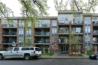 Main Photo: 221 323 20 Avenue SW in Calgary: Mission Condo for sale : MLS(r) # C4126967