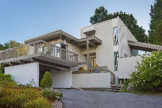 "Main Photo: 417 FELTON Road in North Vancouver: Dollarton House for sale in ""Dollarton"" : MLS® # R2213750"