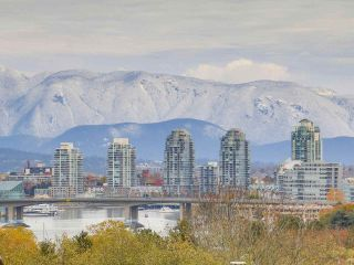 "Main Photo: 203 1299 W 7TH Avenue in Vancouver: Fairview VW Condo for sale in ""MARBELLA"" (Vancouver West)  : MLS® # R2220004"