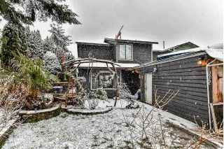Main Photo: 6932 134A Street in Surrey: West Newton House 1/2 Duplex for sale : MLS® # R2229023