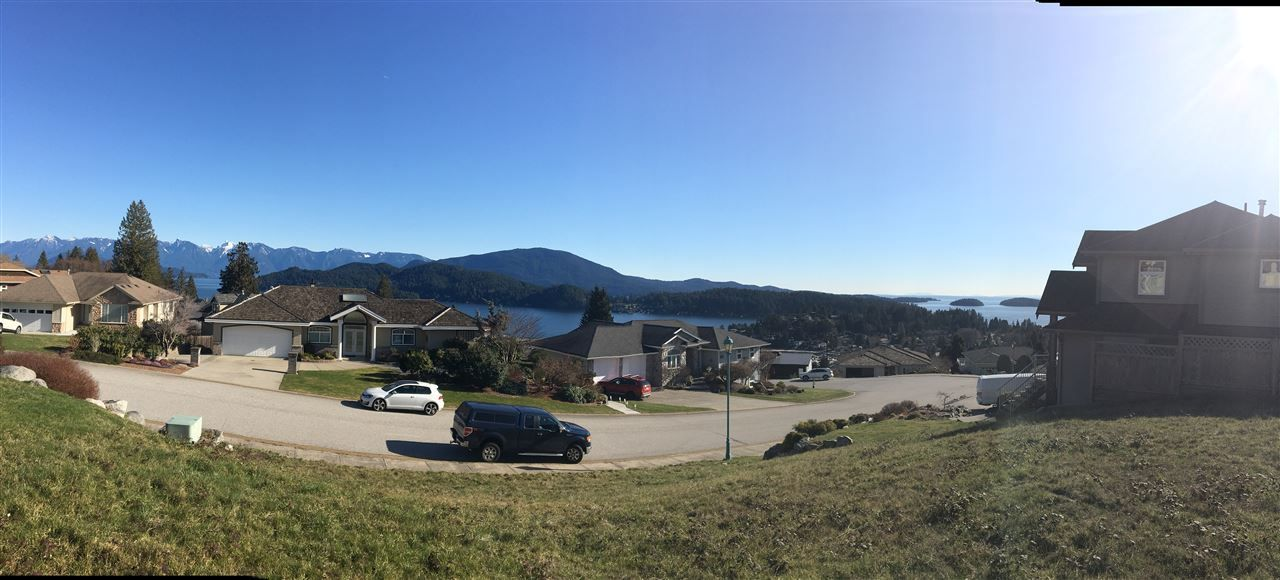 Main Photo: Lot 4 SPYGLASS Place in Gibsons: Gibsons & Area Home for sale (Sunshine Coast)  : MLS® # R2239282