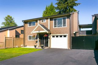 Main Photo: 7254 129B Street in Surrey: West Newton House for sale : MLS®# R2283457