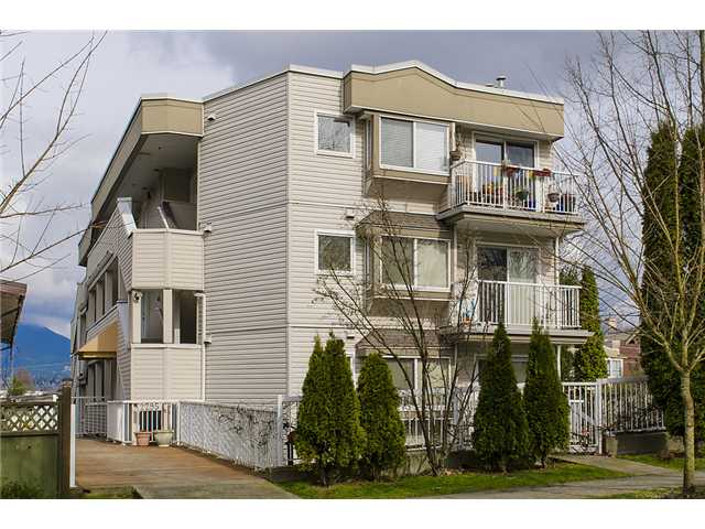 "Photo 20: 401 2295 PANDORA Street in Vancouver: Hastings Condo for sale in ""PANDORA GARDENS - SUNRISE"" (Vancouver East)  : MLS(r) # V1050699"