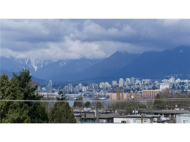 "Photo 19: 401 2295 PANDORA Street in Vancouver: Hastings Condo for sale in ""PANDORA GARDENS - SUNRISE"" (Vancouver East)  : MLS(r) # V1050699"