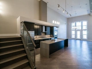 Main Photo: 401 10154 103 Street in Edmonton: Zone 12 Condo for sale : MLS(r) # E3393386