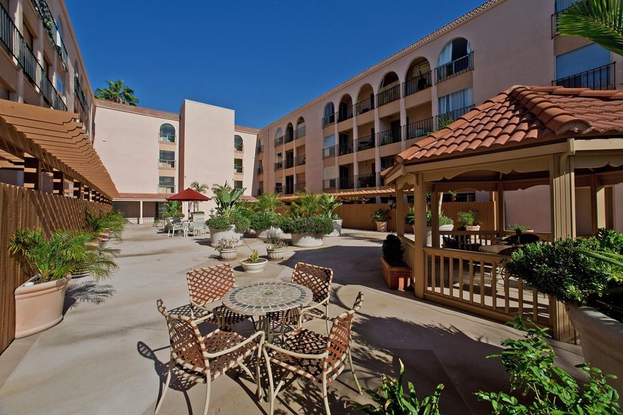 Photo 18: PACIFIC BEACH Condo for sale : 2 bedrooms : 4730 Noyes St #411 in San Diego