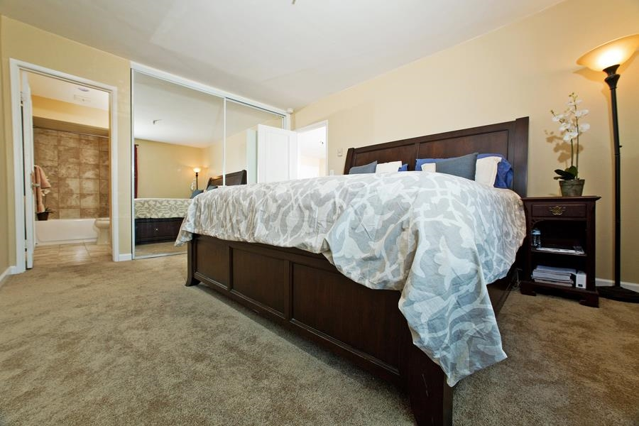 Photo 14: PACIFIC BEACH Condo for sale : 2 bedrooms : 4730 Noyes St #411 in San Diego