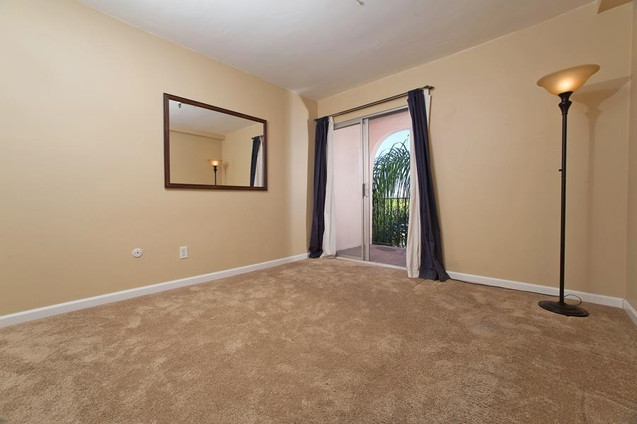 Photo 17: PACIFIC BEACH Condo for sale : 2 bedrooms : 4730 Noyes St #411 in San Diego