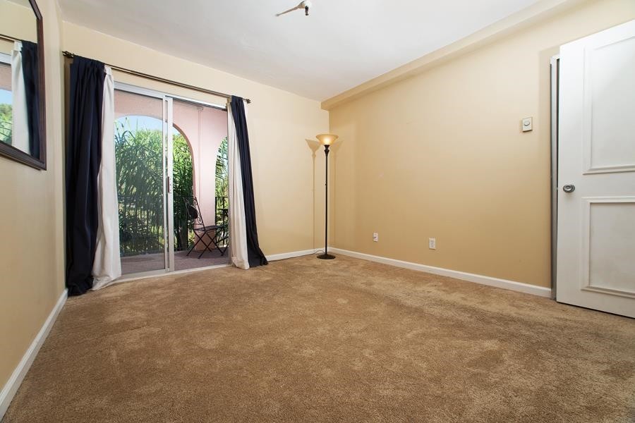 Photo 16: PACIFIC BEACH Condo for sale : 2 bedrooms : 4730 Noyes St #411 in San Diego