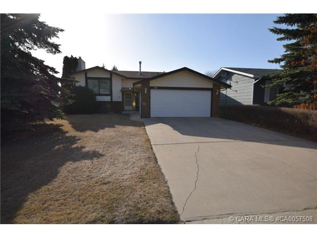 Main Photo: 78 Maxwell Avenue in Red Deer: RR Morrisroe Extension Residential for sale : MLS(r) # CA0057508
