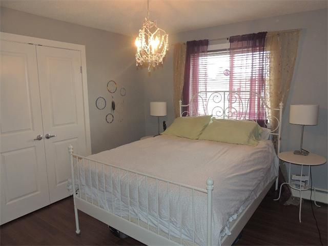 Photo 17: 128 3809 45 Street SW in Calgary: Glenbrook House for sale : MLS® # C4016873