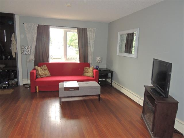 Photo 9: 128 3809 45 Street SW in Calgary: Glenbrook House for sale : MLS® # C4016873