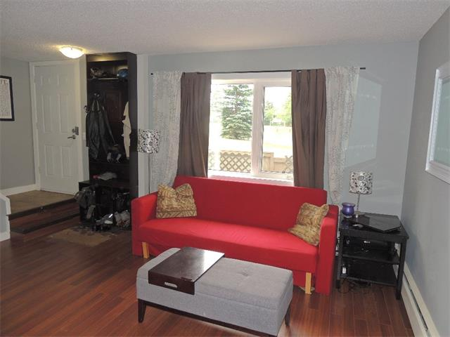 Photo 8: 128 3809 45 Street SW in Calgary: Glenbrook House for sale : MLS® # C4016873