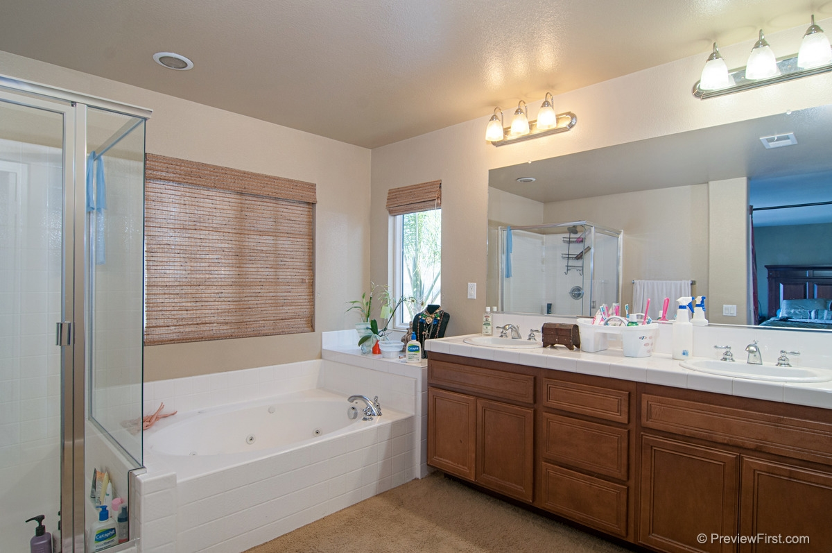 Photo 16: CHULA VISTA House for sale : 3 bedrooms : 2974 WEEPING WILLOW ROAD
