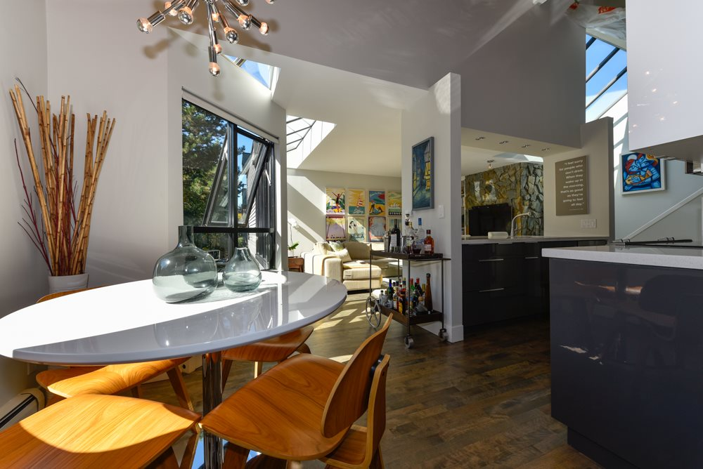 "Photo 9: PH6 2455 YORK Avenue in Vancouver: Kitsilano Condo for sale in ""Greenwood York"" (Vancouver West)  : MLS(r) # R2005050"