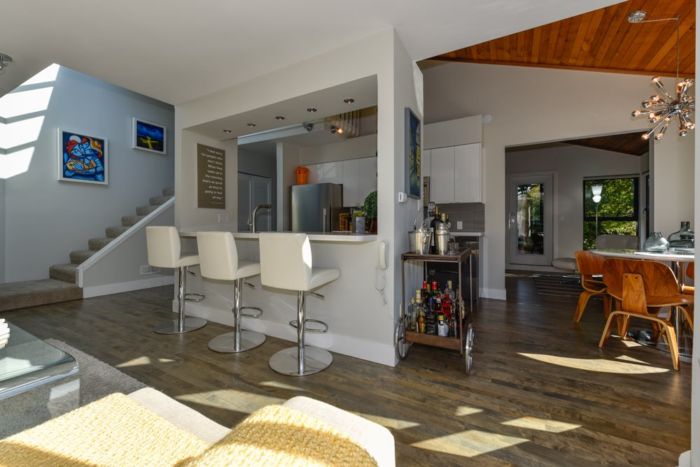 "Photo 2: PH6 2455 YORK Avenue in Vancouver: Kitsilano Condo for sale in ""Greenwood York"" (Vancouver West)  : MLS(r) # R2005050"
