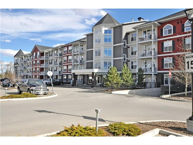 Photo 2: 302 1 Crystal Green Lane: Okotoks Condo for sale : MLS(r) # C4061966