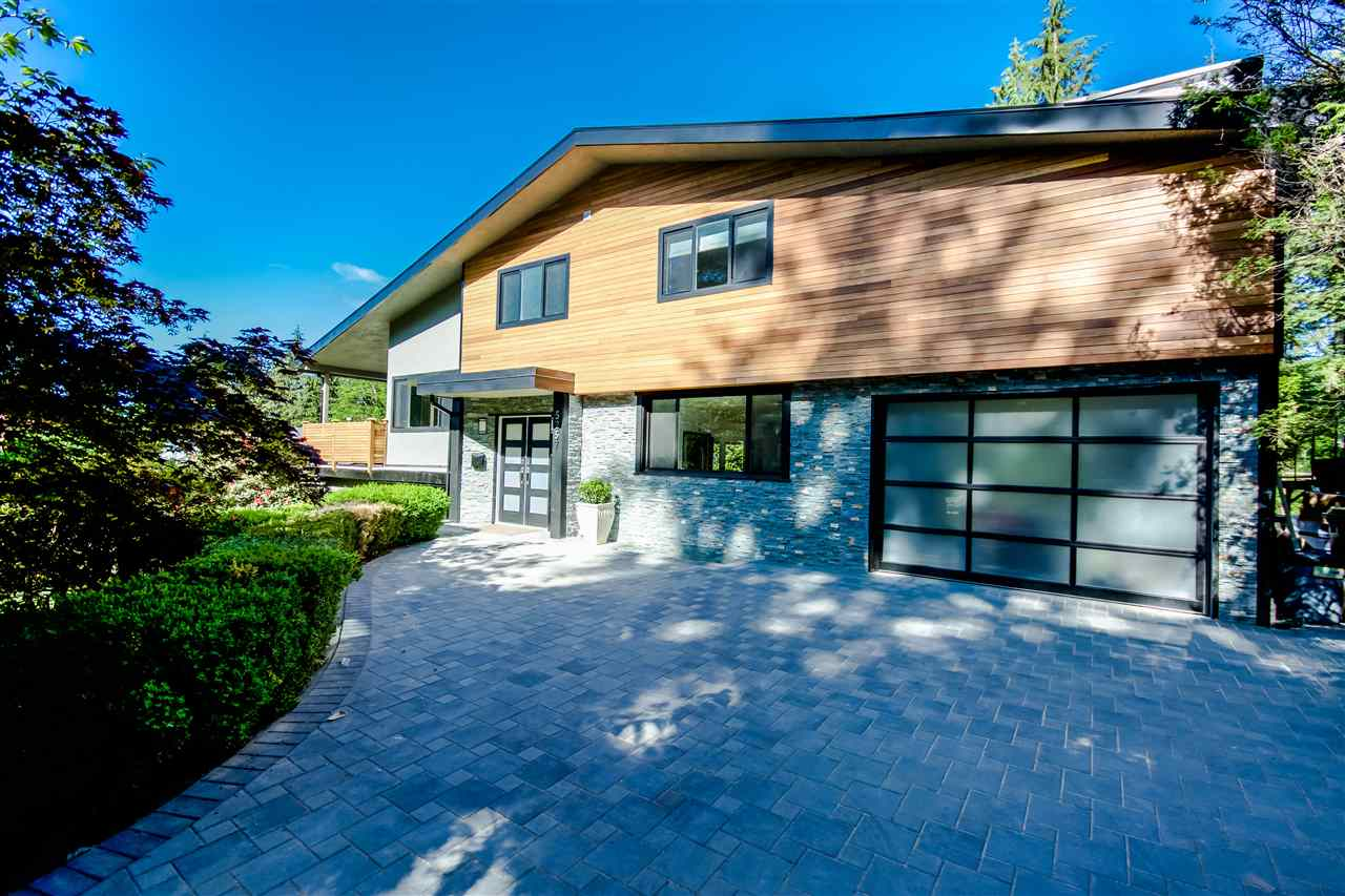 Main Photo: 5257 SONORA Drive in North Vancouver: Canyon Heights NV House for sale : MLS® # R2067302