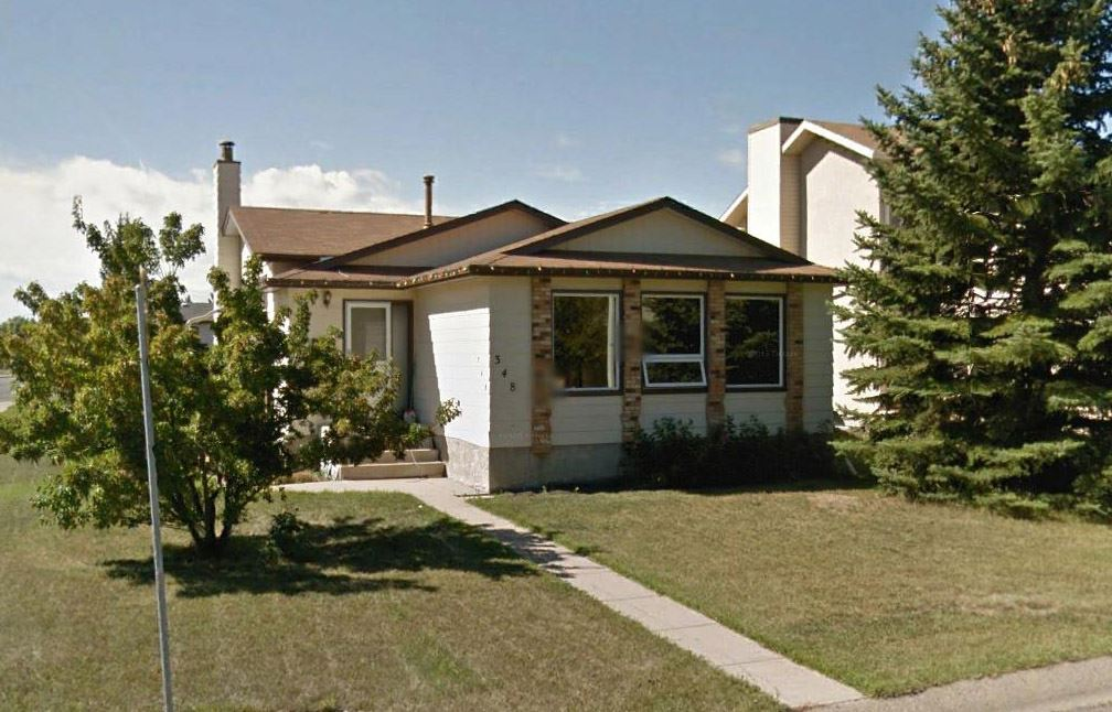 Main Photo: 348 DUNLUCE Road in Edmonton: Zone 27 House for sale : MLS(r) # E4054190