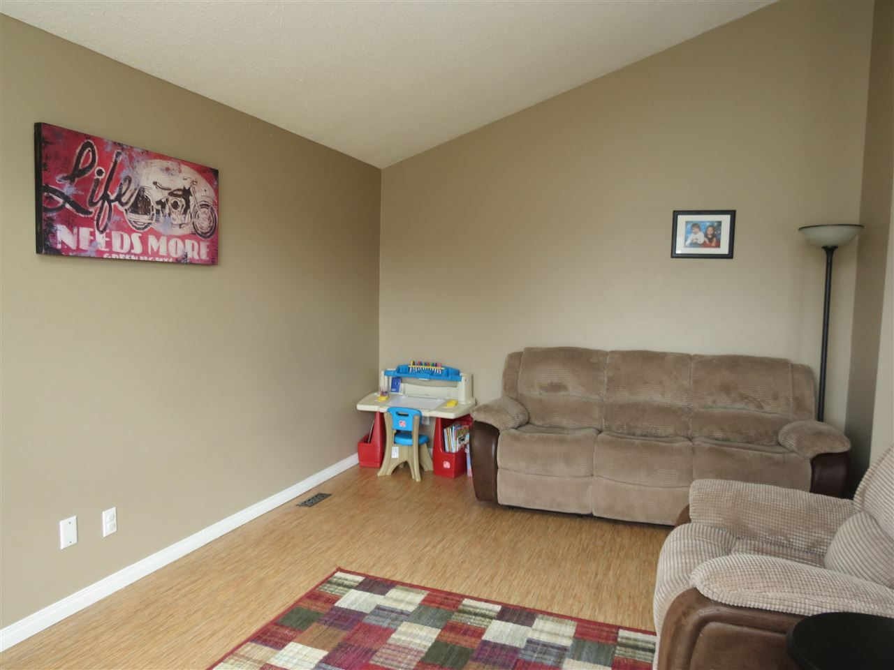 Photo 8: 9907 90 Street: Morinville House for sale : MLS(r) # E4057678