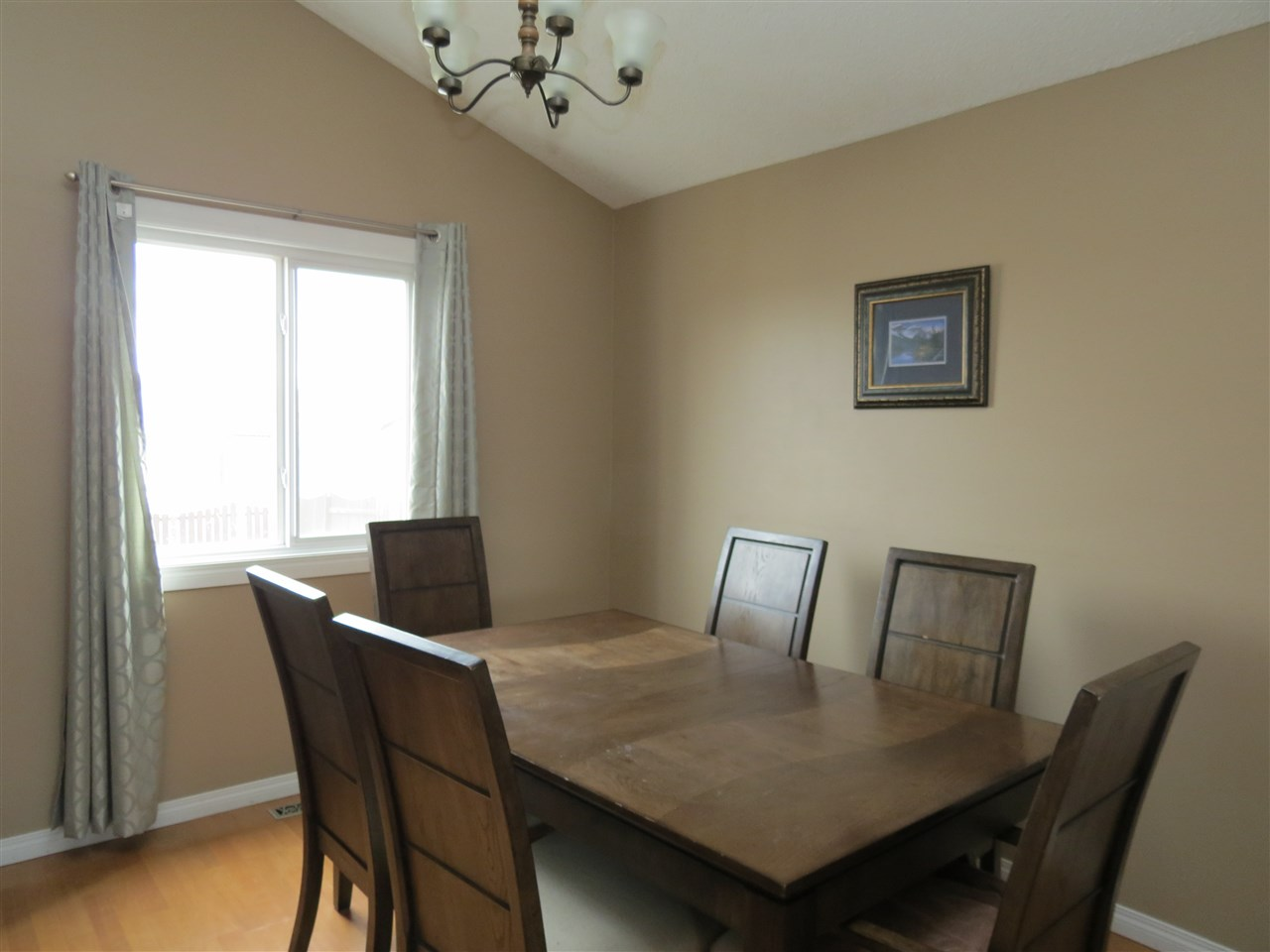 Photo 6: 9907 90 Street: Morinville House for sale : MLS(r) # E4057678
