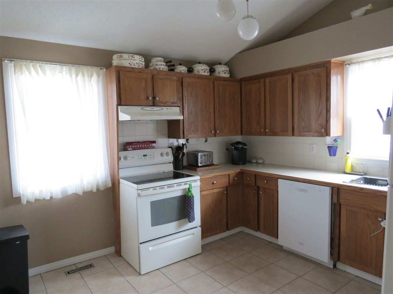 Photo 3: 9907 90 Street: Morinville House for sale : MLS(r) # E4057678