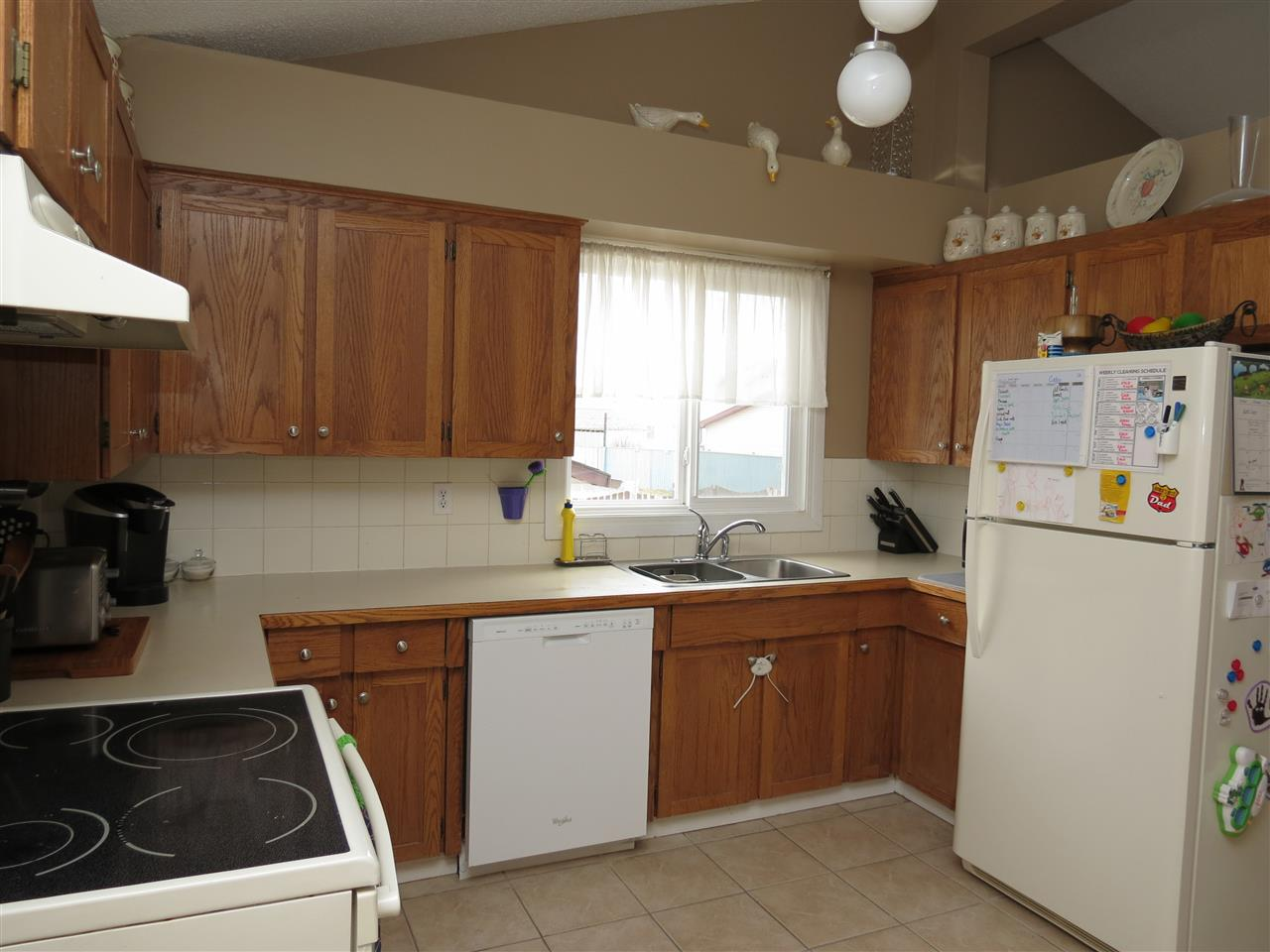 Photo 4: 9907 90 Street: Morinville House for sale : MLS(r) # E4057678