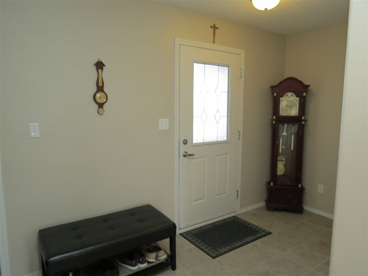 Photo 3: 9429 80 Avenue: Morinville House Half Duplex for sale : MLS(r) # E4059755