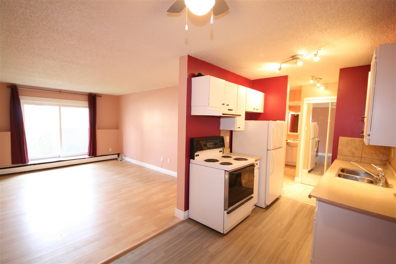 Main Photo: 106 10250 116 Street in Edmonton: Zone 12 Condo for sale : MLS(r) # E4061865