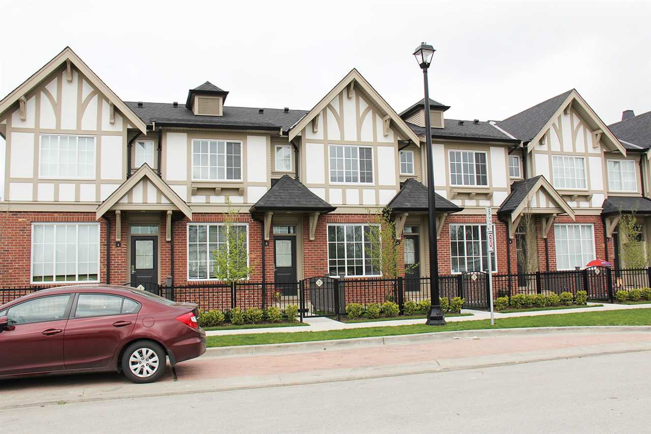"Main Photo: 2 30989 WESTRIDGE Place in Abbotsford: Abbotsford West Townhouse for sale in ""Brighton"" : MLS® # R2169998"