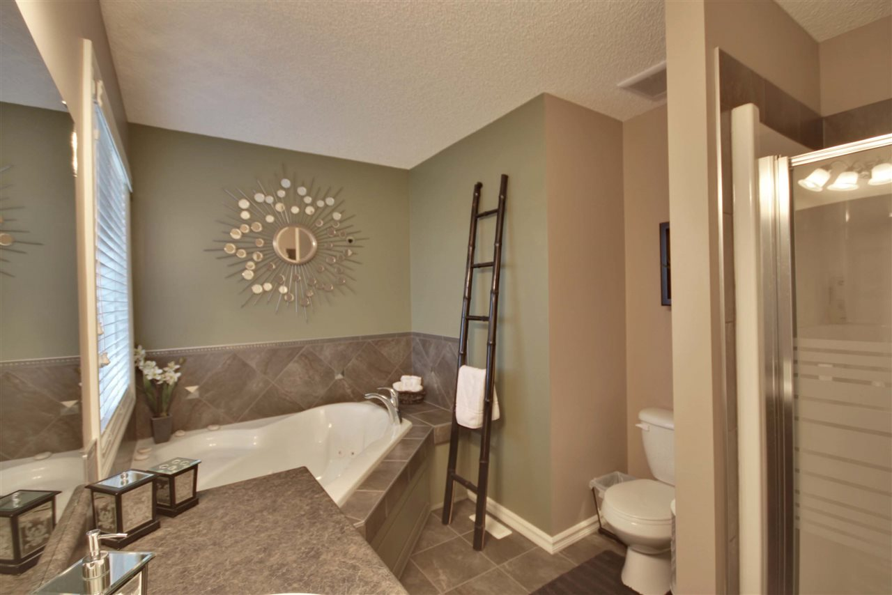 Photo 14: 17915 84 Street in Edmonton: Zone 28 House for sale : MLS® # E4069405