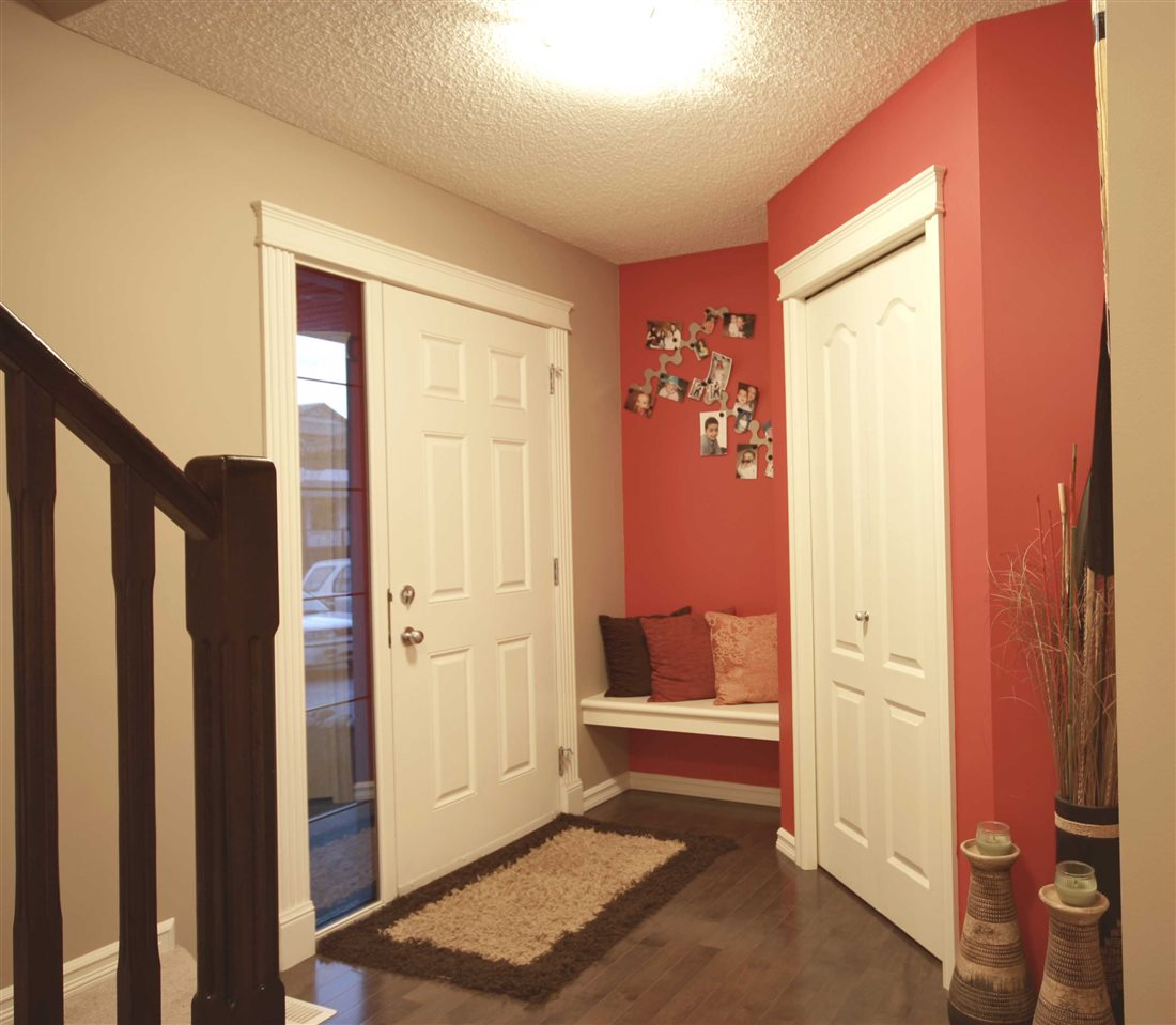 Photo 8: 17915 84 Street in Edmonton: Zone 28 House for sale : MLS® # E4069405