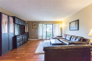 "Main Photo: 309 7426 138 Street in Surrey: East Newton Condo for sale in ""Glencoe Estates"" : MLS® # R2205187"