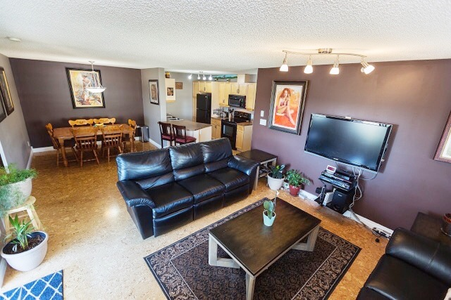 Main Photo: 402 2098 BLACKMUD CREEK Drive in Edmonton: Zone 55 Condo for sale : MLS® # E4081924