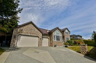 "Main Photo: 16559 77 Avenue in Surrey: Fleetwood Tynehead House for sale in ""Coast Meridian Estates"" : MLS®# R2264852"