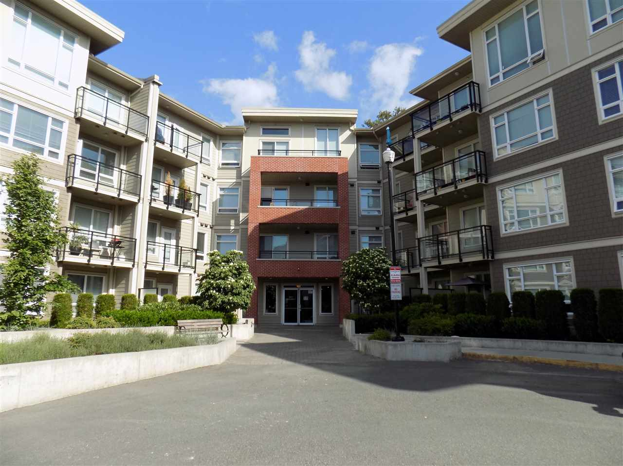 "Main Photo: C325 20211 66 Avenue in Langley: Willoughby Heights Condo for sale in ""ELEMENTS"" : MLS®# R2273080"