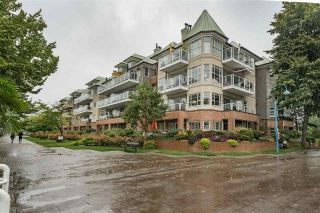 "Main Photo: 217 12 K DE K Court in New Westminster: Quay Condo for sale in ""DOCKSIDE"" : MLS®# R2314052"