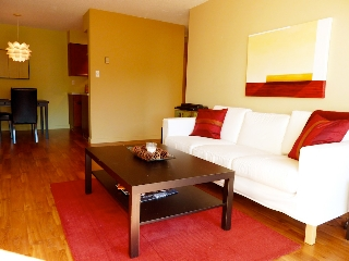 Main Photo: 102 175 E 4TH Street in North Vancouver: Lower Lonsdale Condo for sale : MLS® # V914595