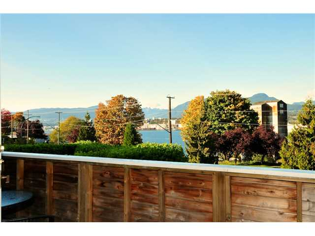 Photo 6: 2772 WALL Street in Vancouver: Hastings East House for sale (Vancouver East)  : MLS(r) # V918008